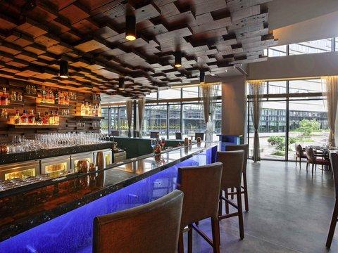 Novotel Kolkata Hotel and Residences - Interior