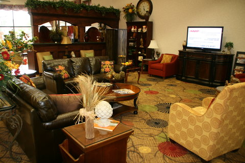 Holiday Inn Express & Suites CORINTH - Hotel Lobby   Breakfast Area