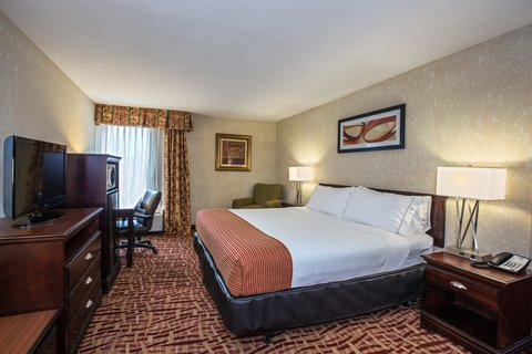 Holiday Inn Express & Suites CORINTH - ADA Handicapped Accessible King Bed Guest Room