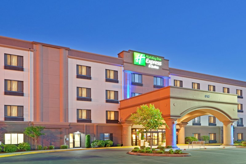 HOLIDAY INN EXP STES PUYALLUP