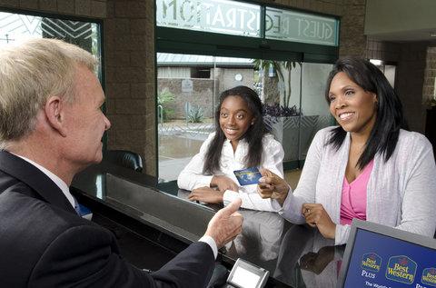 BEST WESTERN PLUS Fresno Airport Hotel - Best Western Rewards