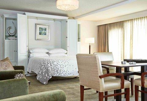 Renaissance Concourse Atlanta Airport Hotel - Hospitality Suite Sleeping Area