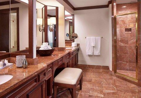 Renaissance Concourse Atlanta Airport Hotel - Presidential Suite Bathroom
