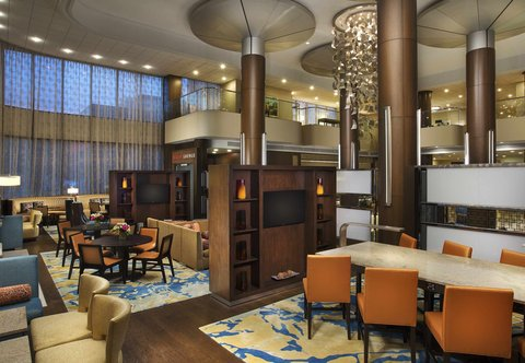 Teaneck Marriott at Glenpointe - M Club Lounge - Multi-Function Seating Area