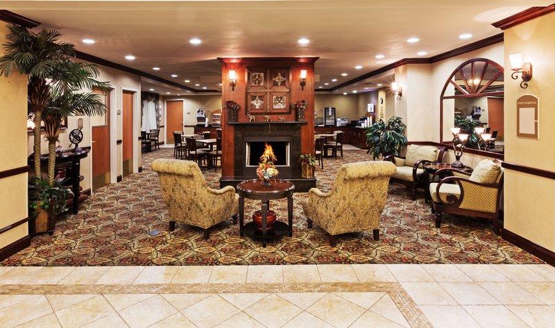 Holiday Inn Express & Suites SELMA - Schertz, TX