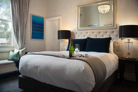The Dudley Boutique Hotel - Heritage Queen - Bedroom
