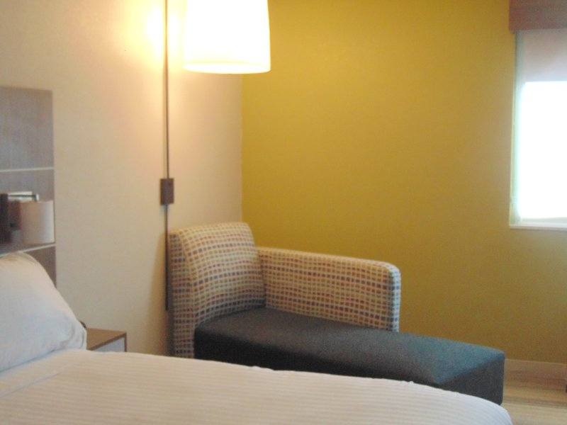 Holiday Inn Express & Suites WAPAKONETA - Wapakoneta, OH