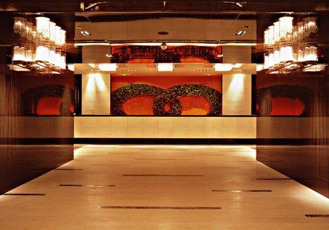 انتركوتيننتال جنيف - Feel at Home - Enter in a Luxury and Design Hotel Lobby
