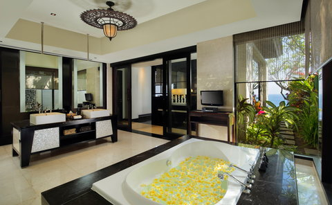 بانيان تري أونغاسان - Pool Villa Bathroom