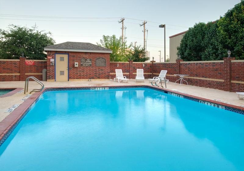 Holiday Inn Express & Suites Abilene Mall South in Abilene, TX, photo #3