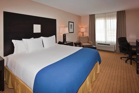 Holiday Inn Express & Suites ALBUQUERQUE AIRPORT - King Bed Guest Room