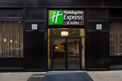 Holiday Inn Express-Downtown - Hotel Exterior