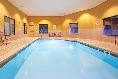 Holiday Inn Express Hotel & Suites Amarillo South - Swimming Pool