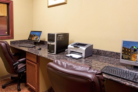 Holiday Inn Express Hotel & Suites Amarillo South - Business Center