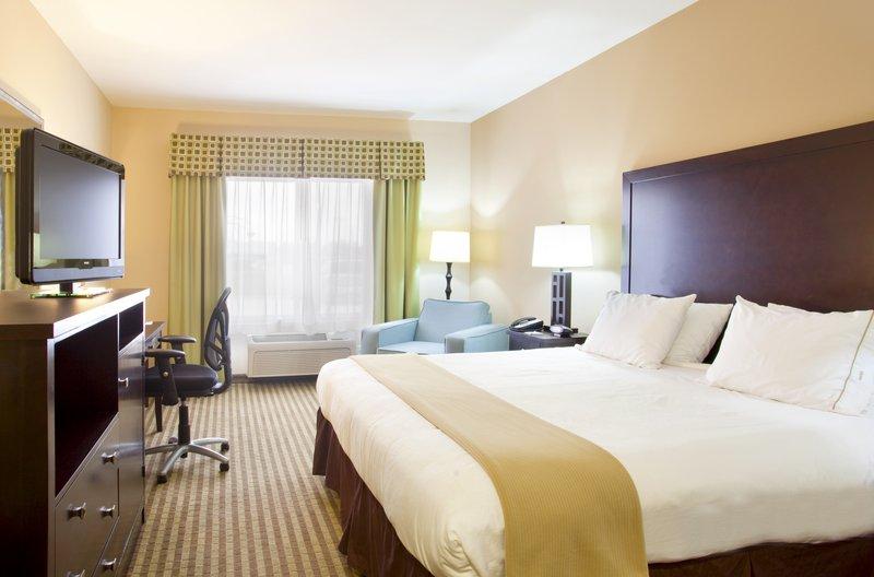 Holiday Inn Express LE ROY - BLOOMINGTON AREA - Monrovia, IN