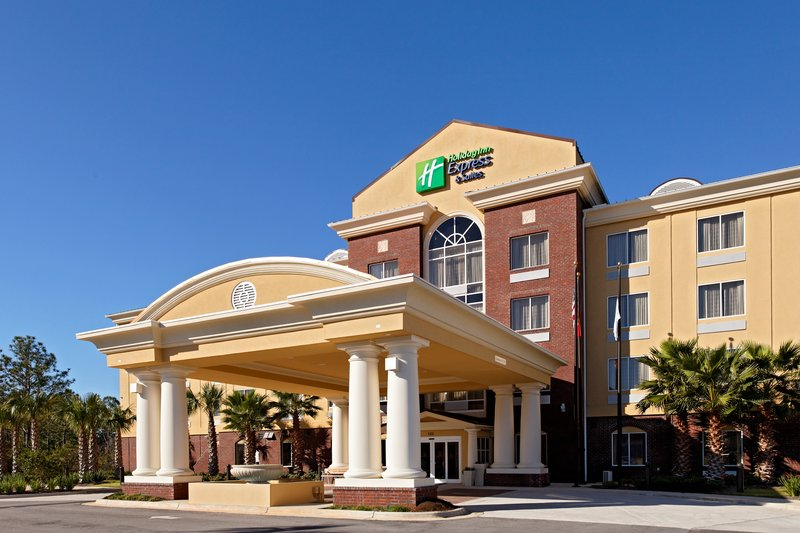 HOLIDAY INN EXP STES CRESTVIEW