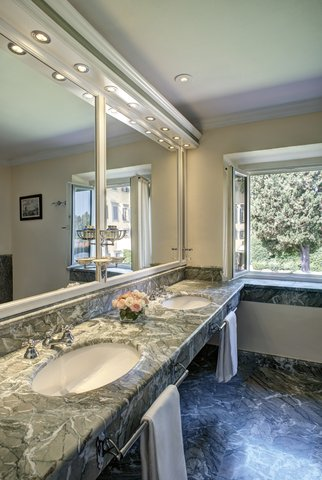 Villa La Massa - Double Deluxe - Bathroom