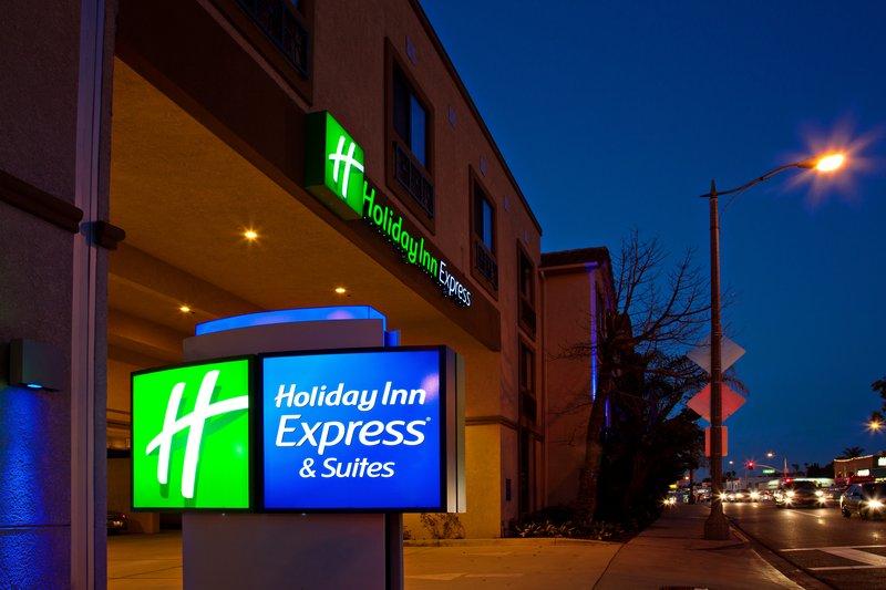 HOLIDAY INN EXP STES HERMOSA