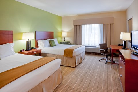 Holiday Inn Express & Suites WESTFIELD - Double Queen Guest Room