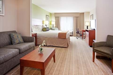 Holiday Inn Express & Suites WESTFIELD - King Suite with Sleeper Sofa