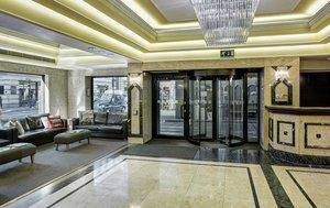 Holiday Inn London Mayfair Hotel Lobby