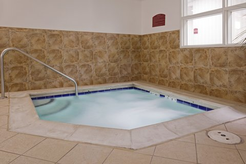 Holiday Inn Express Hotel & Suites Evanston - Spa