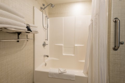 Holiday Inn Express Wheat Ridge-Denver West Hotel - Spacious Guest Bathroom