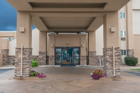 Holiday Inn Express Wheat Ridge-Denver West Hotel - Our inviting hotel entrance