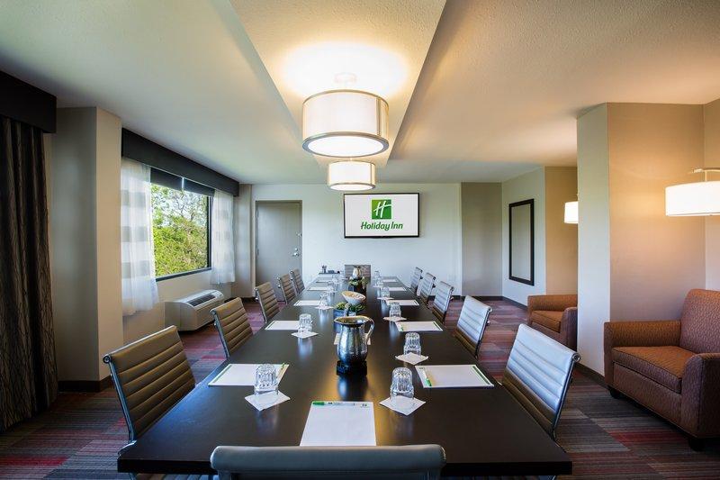 Holiday Inn-Milwaukee River - Milwaukee, WI