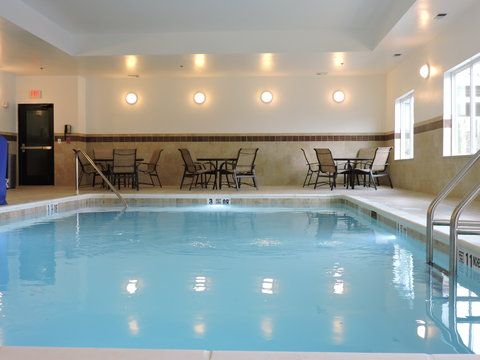 Holiday Inn Express & Suites MONTGOMERY - Heated Indoor Pool