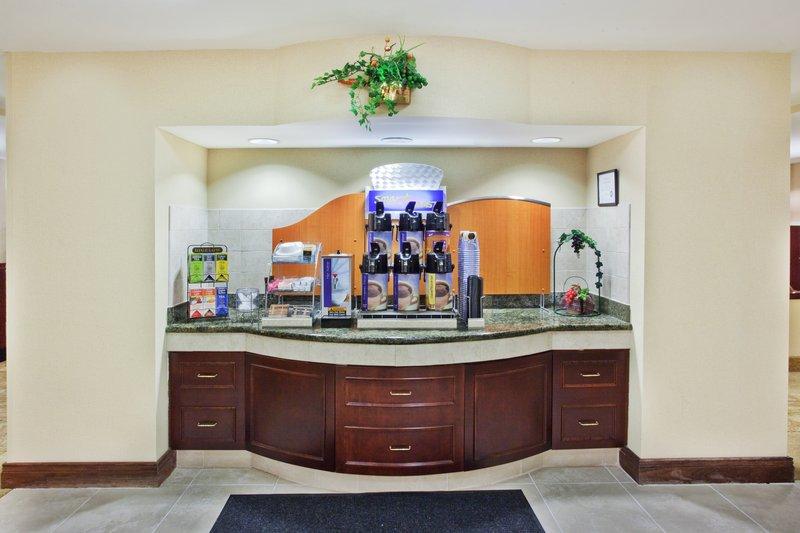 Holiday Inn Express & Suites COVINGTON - Covington, GA