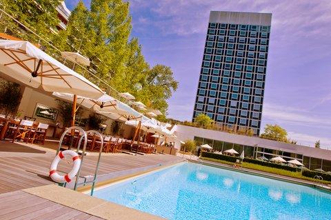 انتركوتيننتال جنيف - View from the Pool