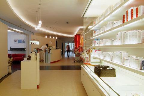 انتركوتيننتال جنيف - Offer a selection of massages and relaxing treatments at the Spa