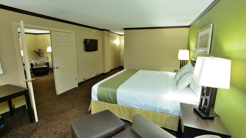 Holiday Inn CHICAGO OAKBROOK - Villa Park, IL