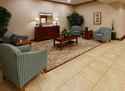 Holiday Inn Express Hotel & Suites Mansfield - Hotel Lobby