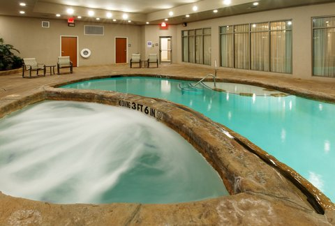 Holiday Inn Express Hotel & Suites Mansfield - Swimming Pool