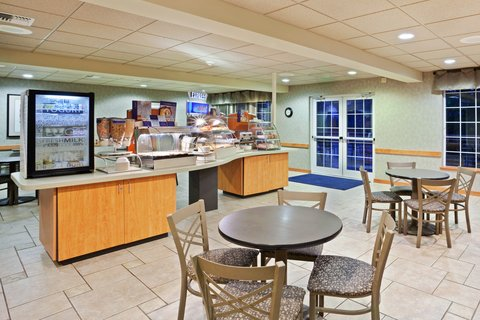 Holiday Inn Express CORVALLIS-ON THE RIVER - Breakfast Bar