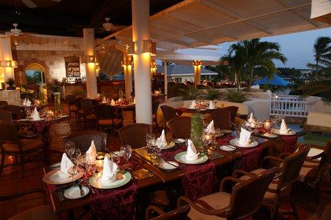 St. James Club All Inclusive Hotel - Piccolo Mondo Restaurant D