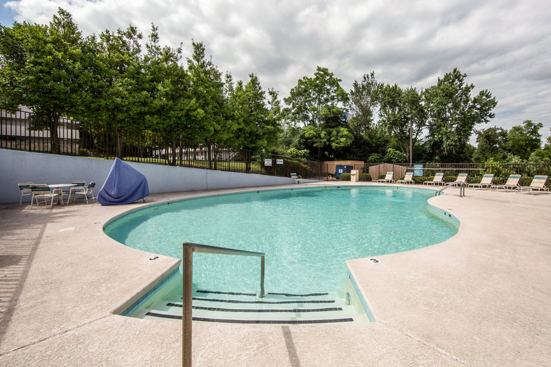 Clarion Inn In Knoxville Tn 37912 Citysearch