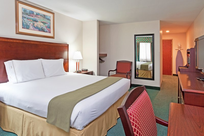 Holiday Inn Express BIRCH RUN (FRANKENMUTH AREA) - Bridgeport, MI