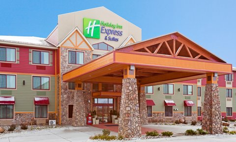 Holiday Inn Express & Suites MOUNTAIN IRON (VIRGINIA) - Hotel Exterior