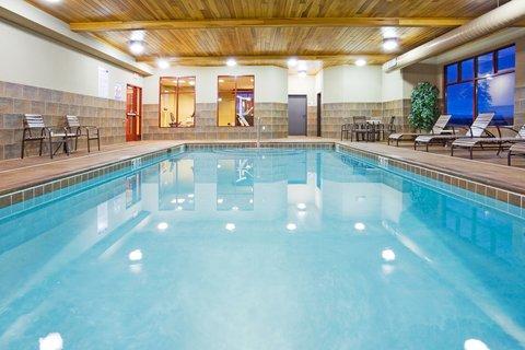 Holiday Inn Express & Suites MOUNTAIN IRON (VIRGINIA) - Swimming Pool