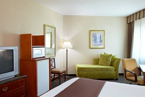 Holiday Inn BILOXI - Guest Room