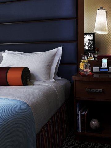 Monaco Baltimore A Kimpton Hotel - Bedside detail