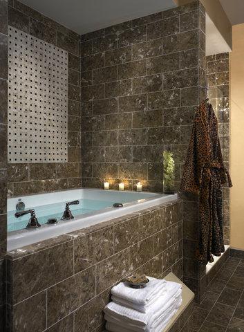 Monaco Baltimore A Kimpton Hotel - Spa Bath