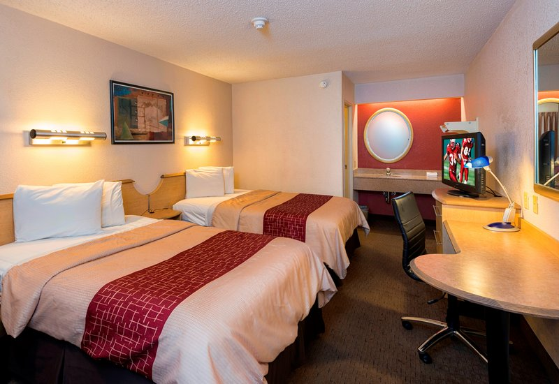 red roof inn detroit metro airport taylor in taylor mi 48180 citysearch