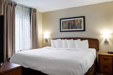 MainStay Suites Fargo - King Room