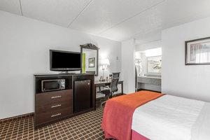 Room - Quality Inn Simpsonville
