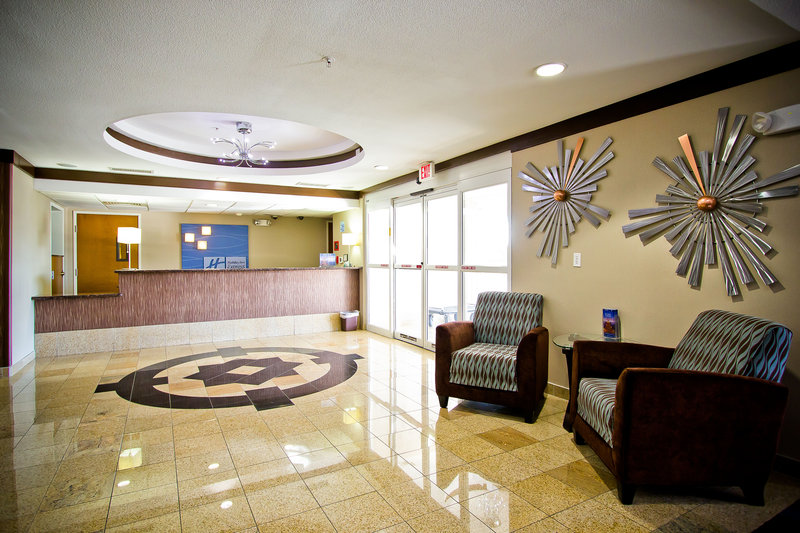 Holiday Inn Express & Suites BASTROP - Bastrop, TX