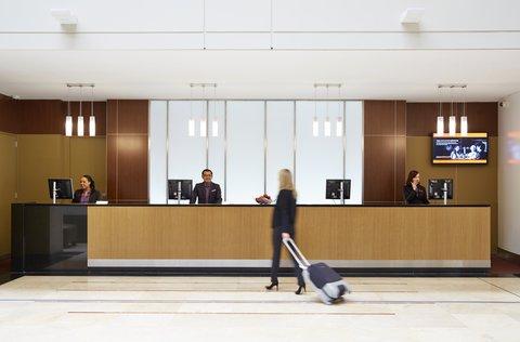 皇冠假日酒店 - Hotel Lobby